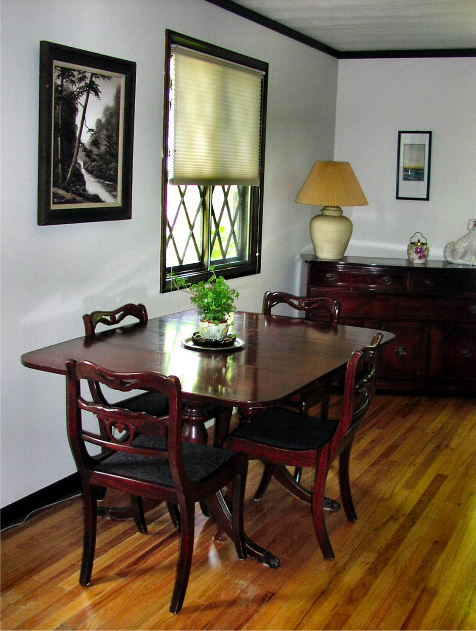 Dining room suite for sale